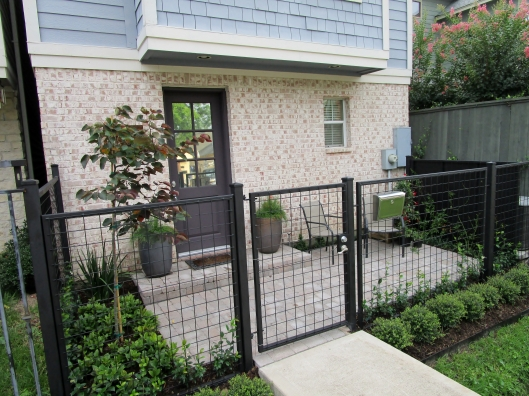 Patio courtyard installed by Ravenscourt Landscaping & Design LLC