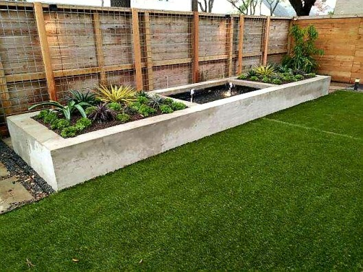 artifical turf patio